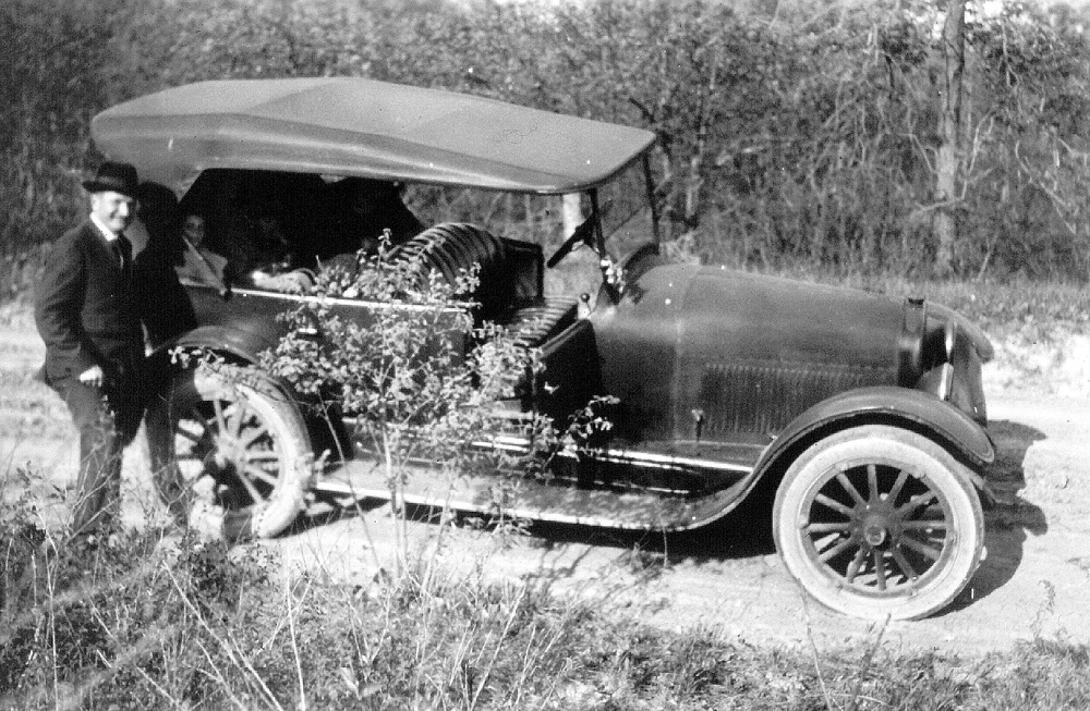 Floyd Nagler, IIHR's founder and first director, traveled Iowa's backroads to perform field investigations of the state's rivers and mill sites.