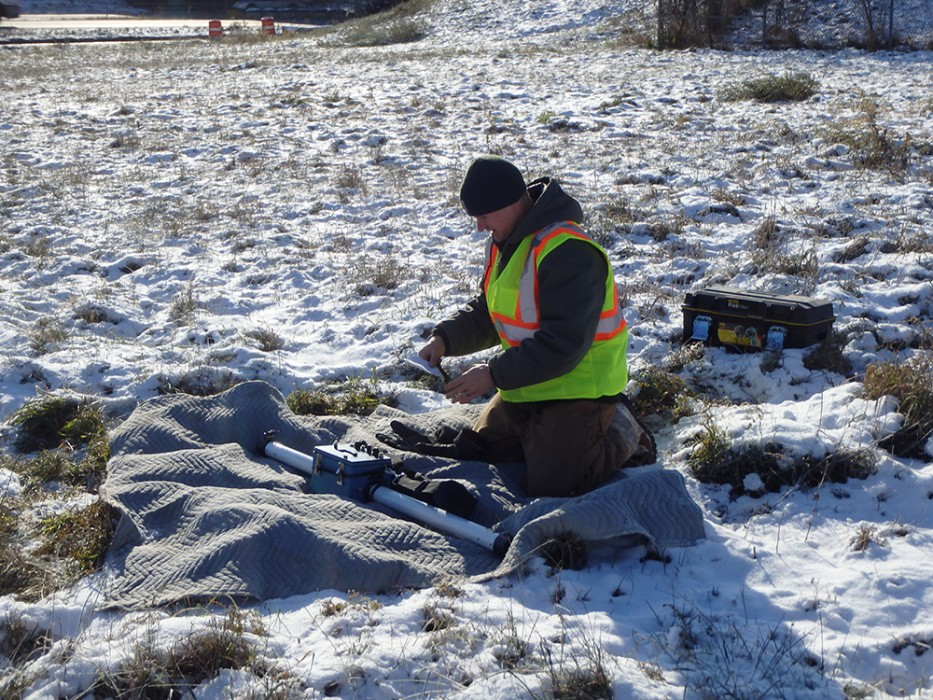 The light dusting of snow caused no problems for the researchers or the geophysics equipment.