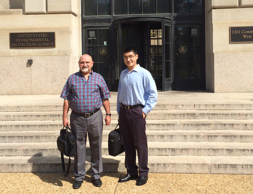 IIHR's Marian Muste (left) with grad student Haowen Xu at the U.S. Environmental Protection Agency.