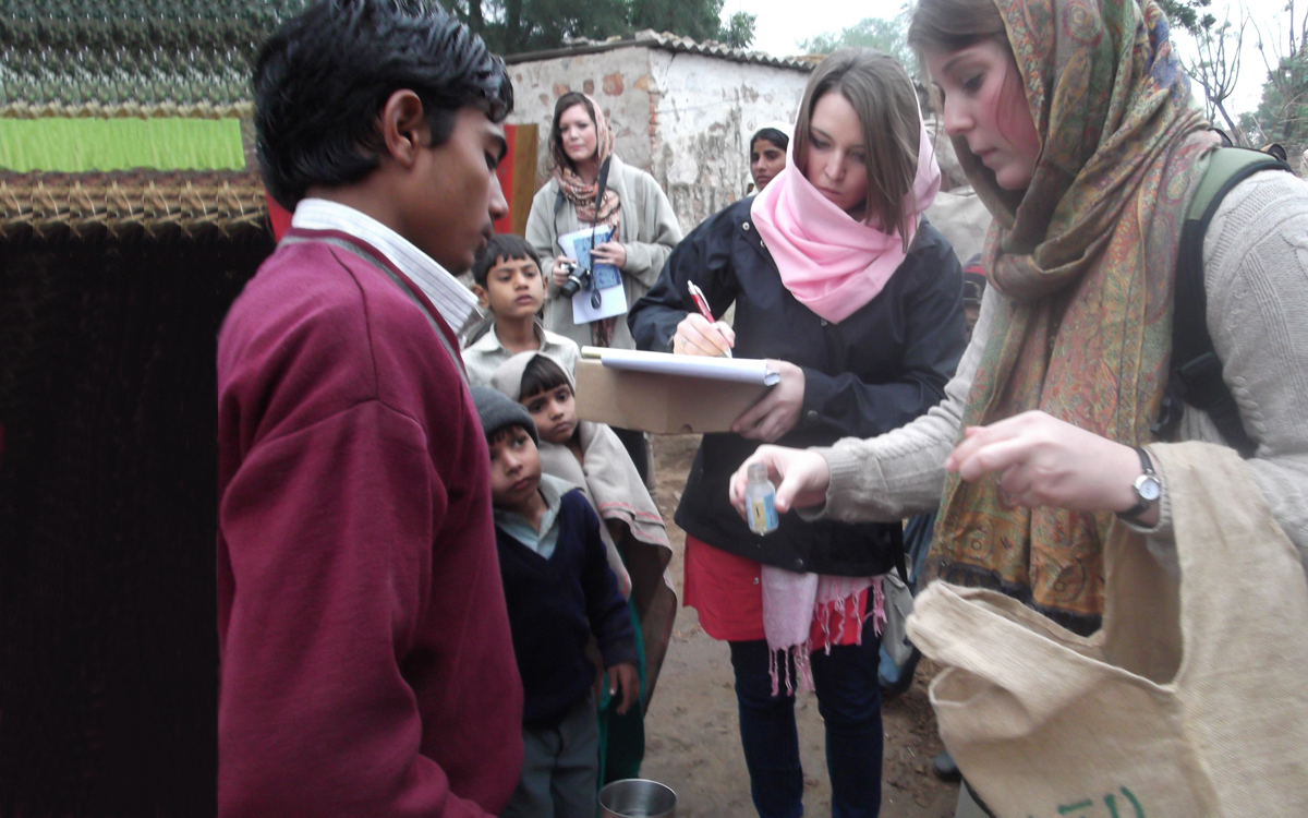 Student participants in IIHR's International Perspectives course conduct a water quality survey in India.