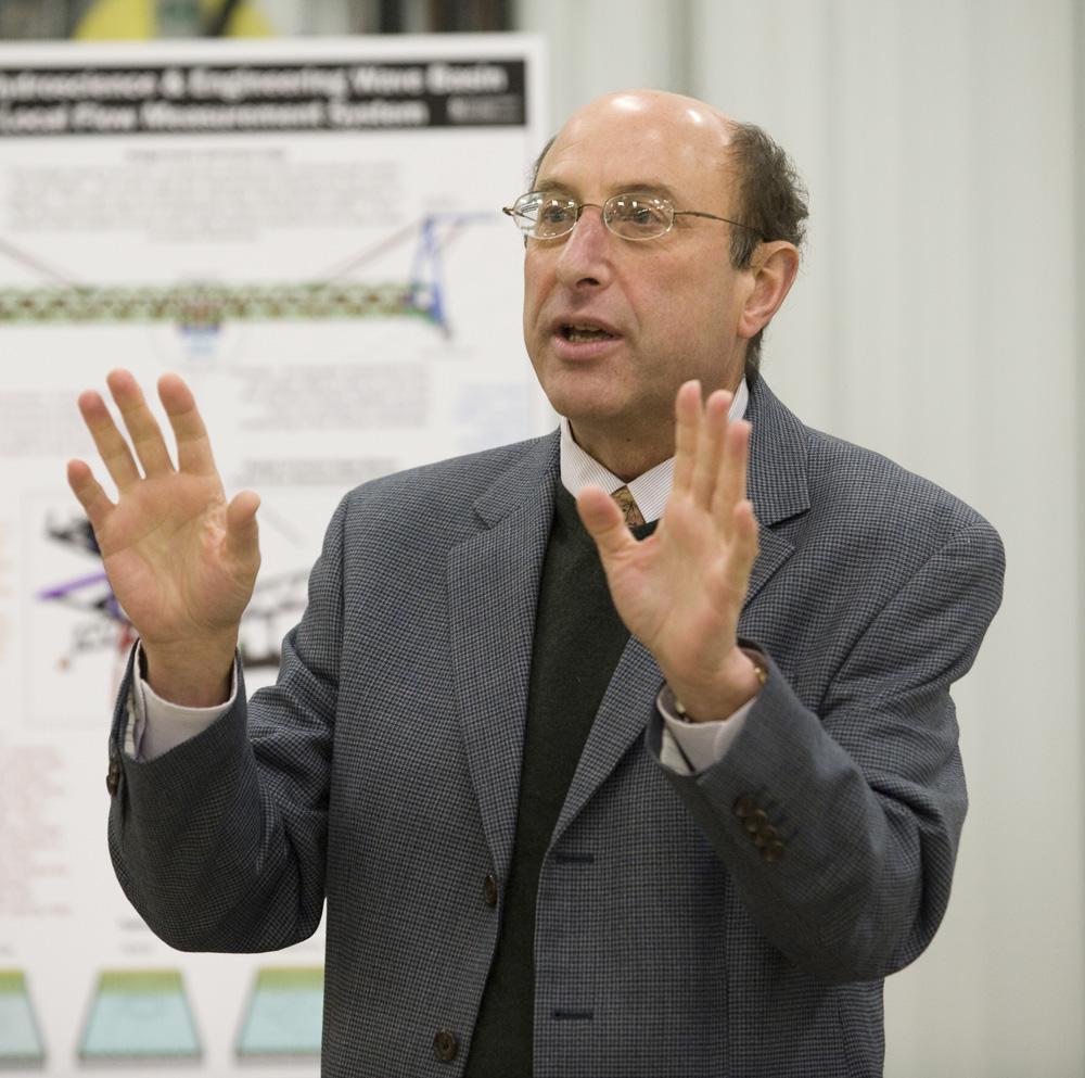 IIHR Research Engineer Fred Stern.