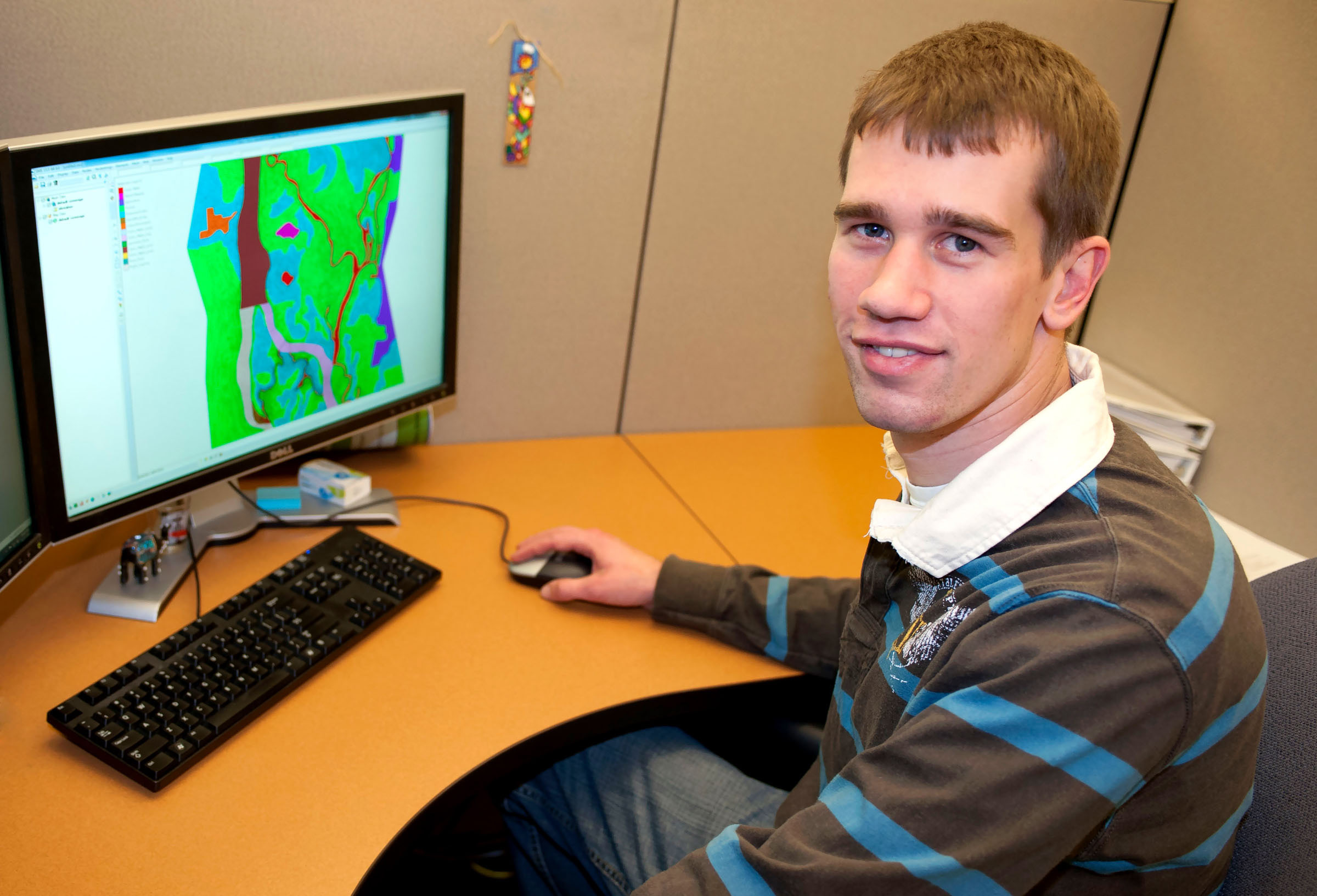 IIHR graduate student Brice Stafne has developed a computer model that allows researchers to compare historic conditions on the Mississippi River to the river as it is today.