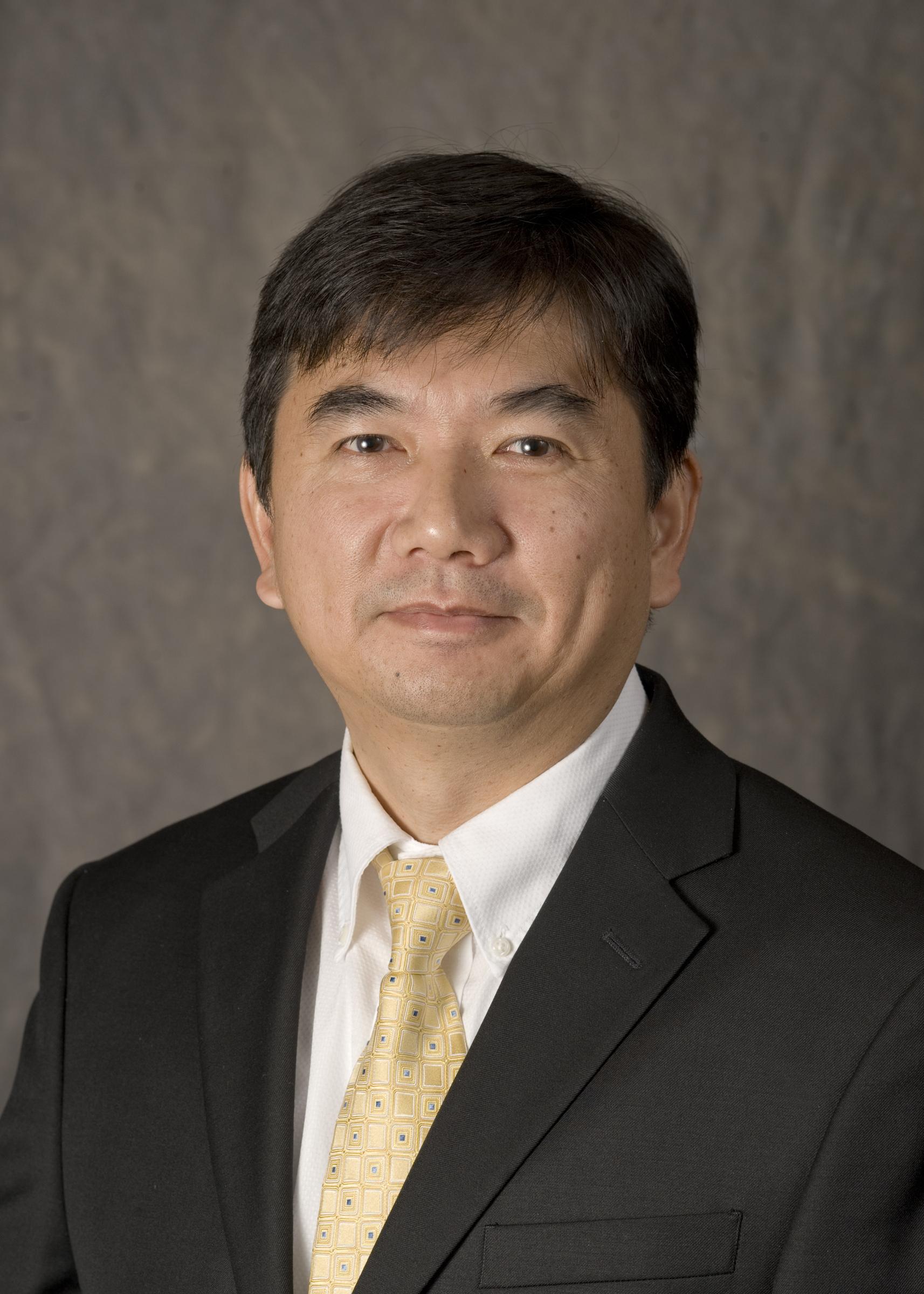 IIHR Research Engineer Ching-Long Lin.