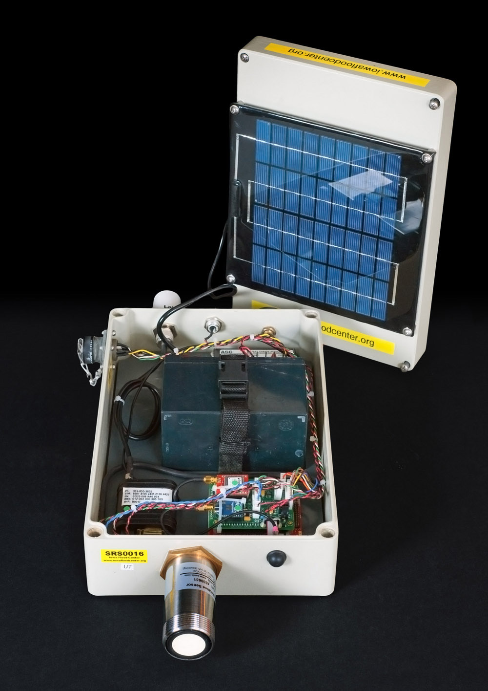 The inside of a IIHR sensor.
