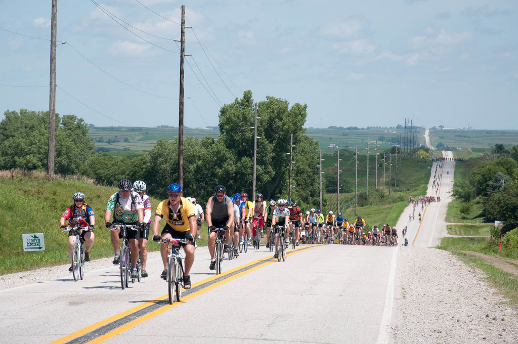 RAGBRAI riders get up close and personal with Iowa's rolling hills. Photo by Dave Herholz.