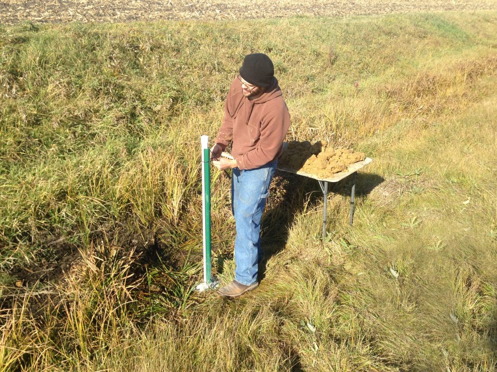 IGS soil scientist Matthew Streeter is part of a new study to understand the nutrient reduction benefits of roadside ditches.