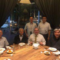 Villarini at dinner with alumni,